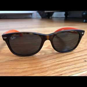 Ray-Ban New Wayfarer, Tortoise Orange & Navy